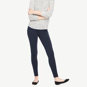 Ann Taylor navy Ponte seam skinny pants M